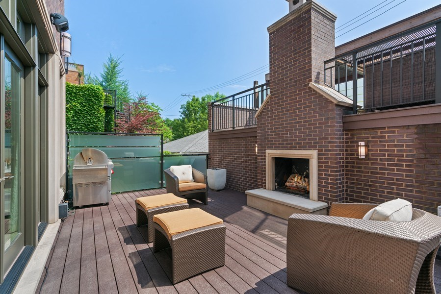 Real Estate Photography - 1905 N. Howe, Chicago, IL, 60614 - Great Room Deck