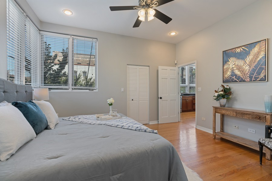 Real Estate Photography - 958 N. Wood, #A, Chicago, IL, 60622 - Master Bedroom