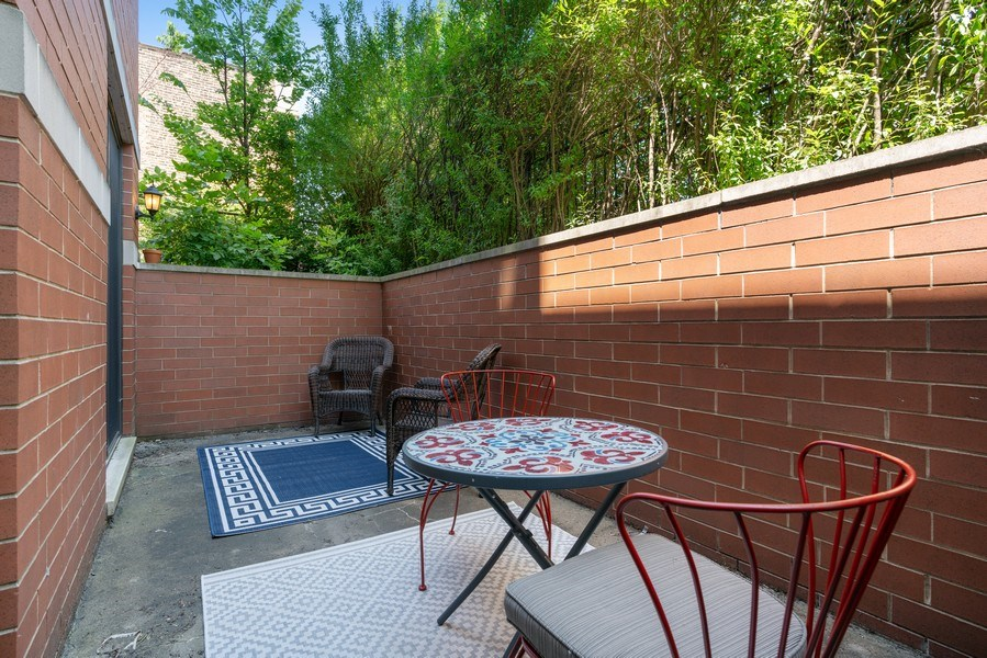 Real Estate Photography - 958 N. Wood, #A, Chicago, IL, 60622 - Patio