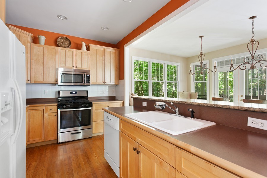 Real Estate Photography - 18636 Forest Beach Drive, New Buffalo, MI, 49117 - Kitchen