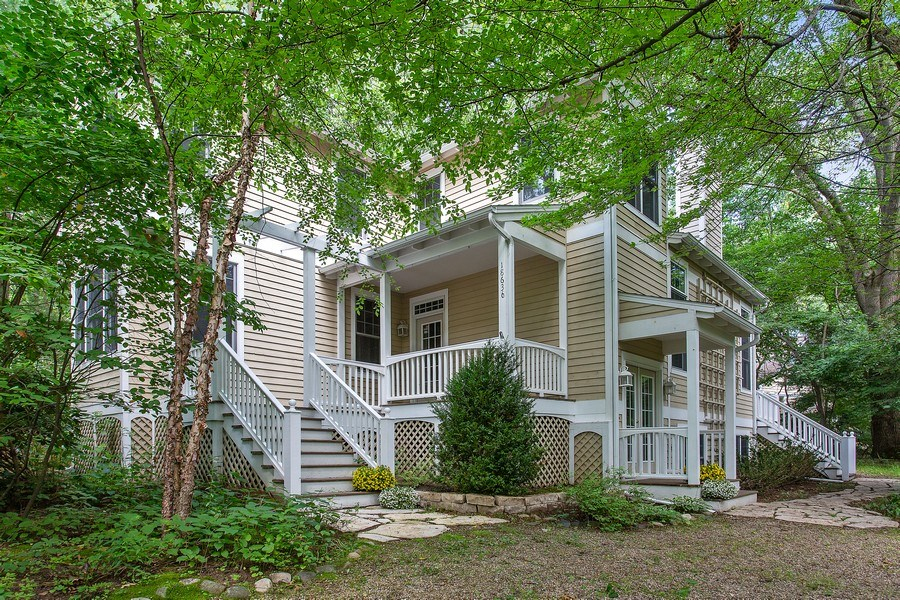 Real Estate Photography - 18636 Forest Beach Drive, New Buffalo, MI, 49117 - Front View