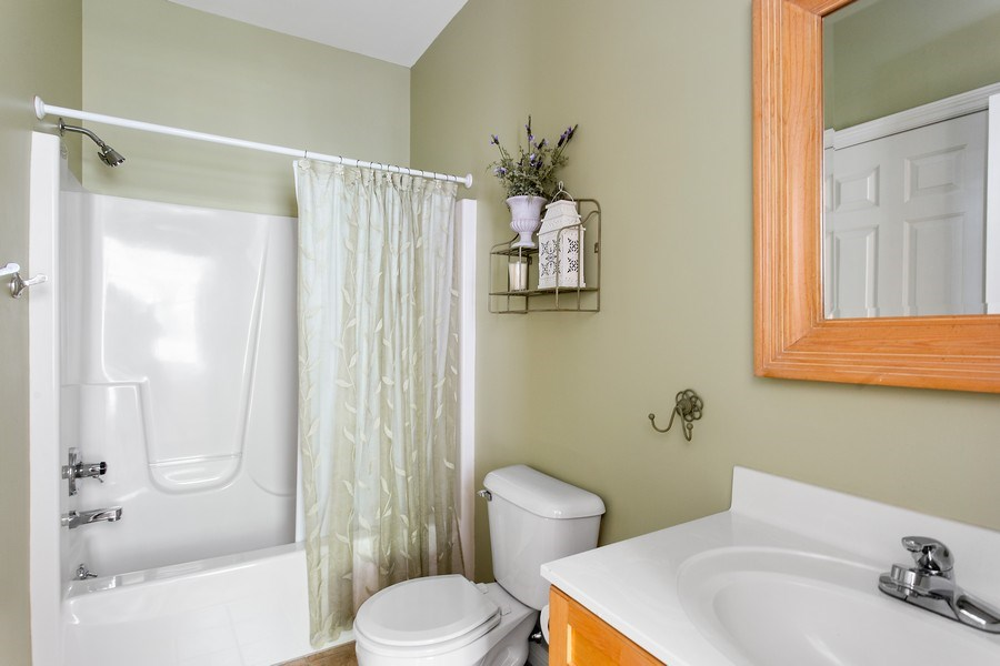 Real Estate Photography - 18636 Forest Beach Drive, New Buffalo, MI, 49117 - 4th Full Bath