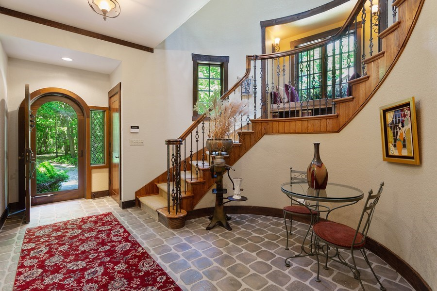 Real Estate Photography - 7020 Youngren Rd, Three Oaks, MI, 49128 - Front Entry Foyer