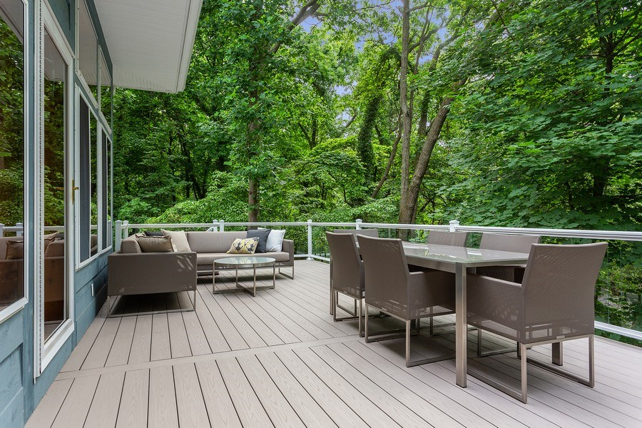 Real Estate Photography - 14458 Ridgeview Drive, New Buffalo, MI, 49117 - Outdoor Dining & Living