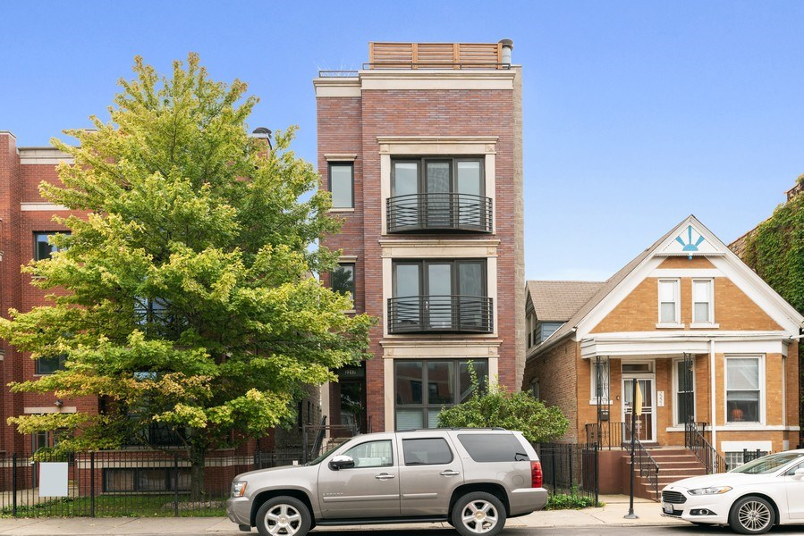Real Estate Photography - 2217 W. Augusta, #2, Chicago, IL, 60622 - Front View