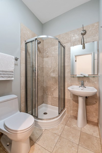 Real Estate Photography - 2217 W. Augusta, #2, Chicago, IL, 60622 - Bathroom