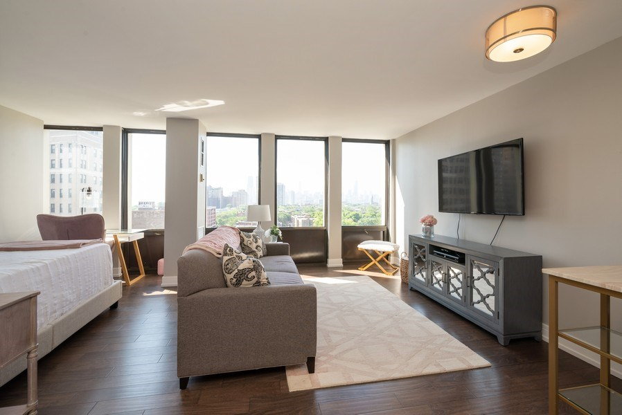 Real Estate Photography - 444 W Fullterton Ave, 1005, Chicago, IL, 60614 - Living Room