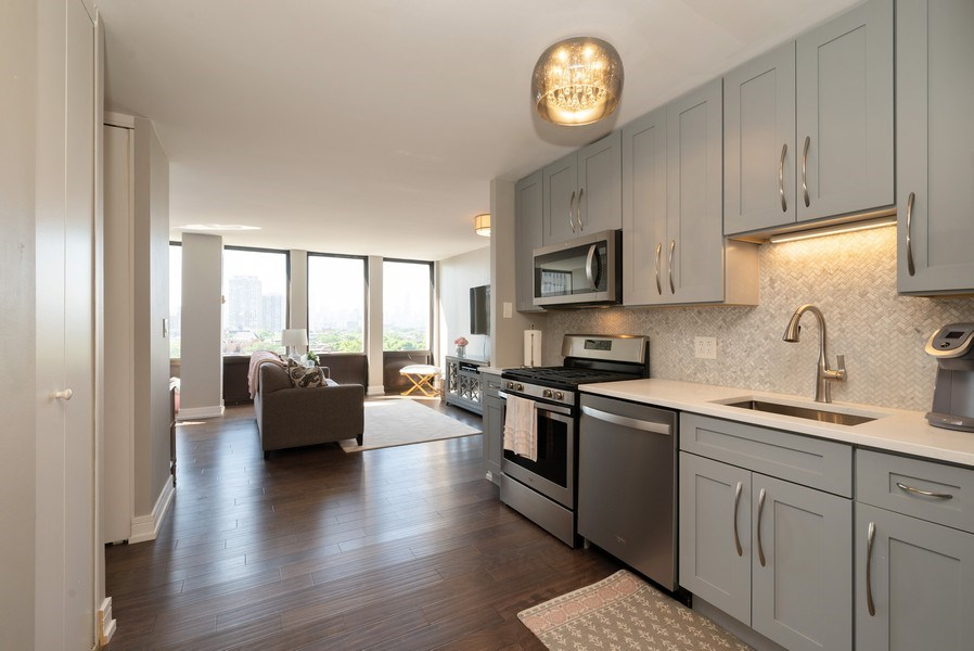 Real Estate Photography - 444 W Fullterton Ave, 1005, Chicago, IL, 60614 - Kitchen / Living Room