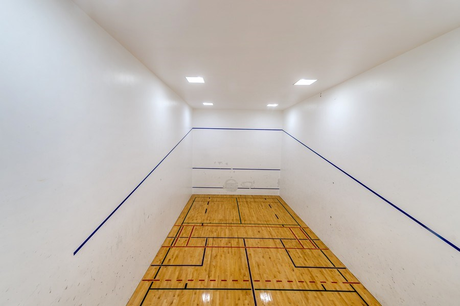 Real Estate Photography - 505 N Lakeshore Dr, Unit 3907, Chicago, IL, 60611 - Racquet Ball Court