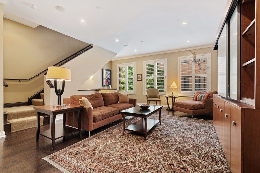Real Estate Photography - 1117 W. Monroe St, #19, Chicago, IL, 60607 - Living Room