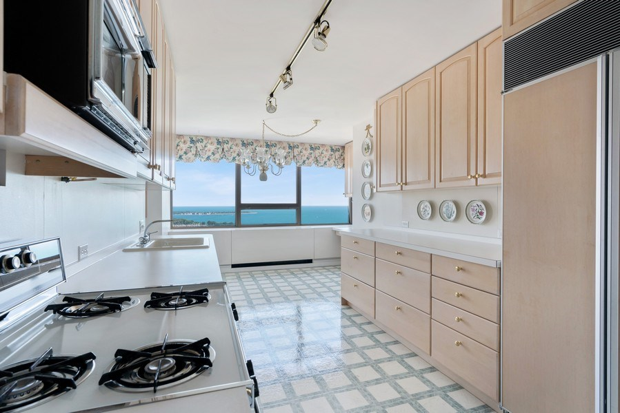 Real Estate Photography - 2800 N. Lake Shore Dr, #3401-3402, Chicago, IL, 60657 - Kitchen