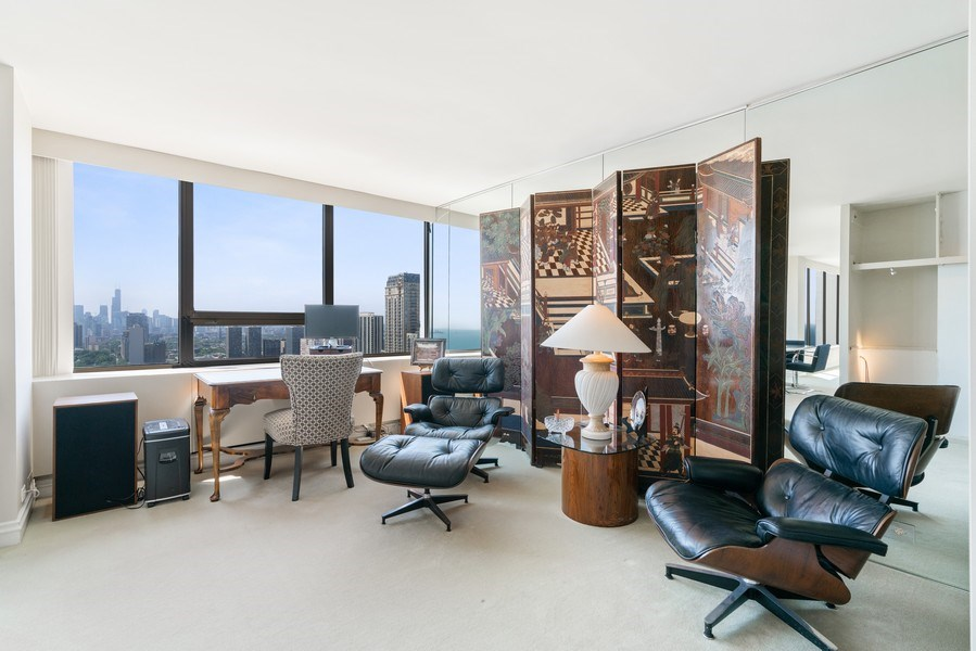 Real Estate Photography - 2800 N. Lake Shore Dr, #3401-3402, Chicago, IL, 60657 - Sitting Room