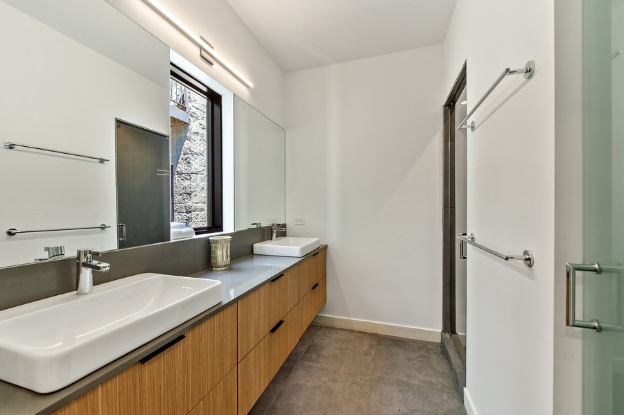 Real Estate Photography - 6074 N. Hermitage, Chicago, IL, 60660 - Master Bathroom
