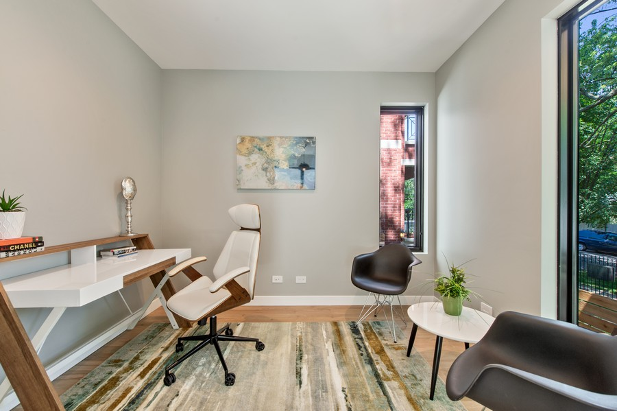 Real Estate Photography - 6074 N. Hermitage, Chicago, IL, 60660 - Den