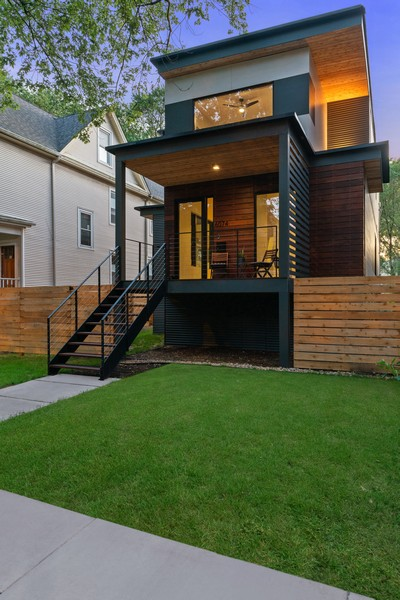 Real Estate Photography - 6074 N. Hermitage, Chicago, IL, 60660 - Front View