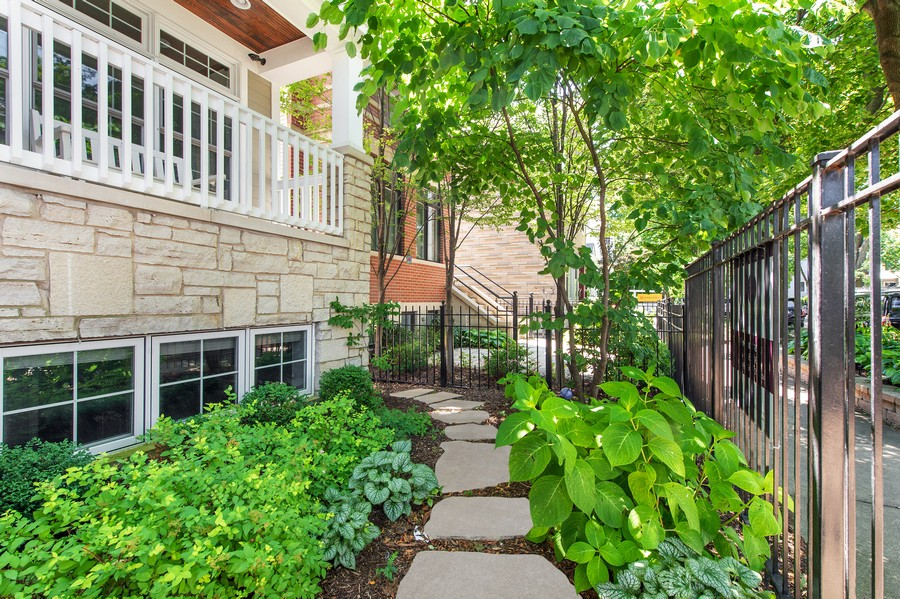 Real Estate Photography - 2019 W. Melrose St, Chicago, IL, 60618 - Front Walkway