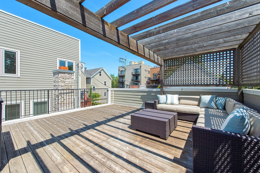Real Estate Photography - 2019 W. Melrose St, Chicago, IL, 60618 - Deck