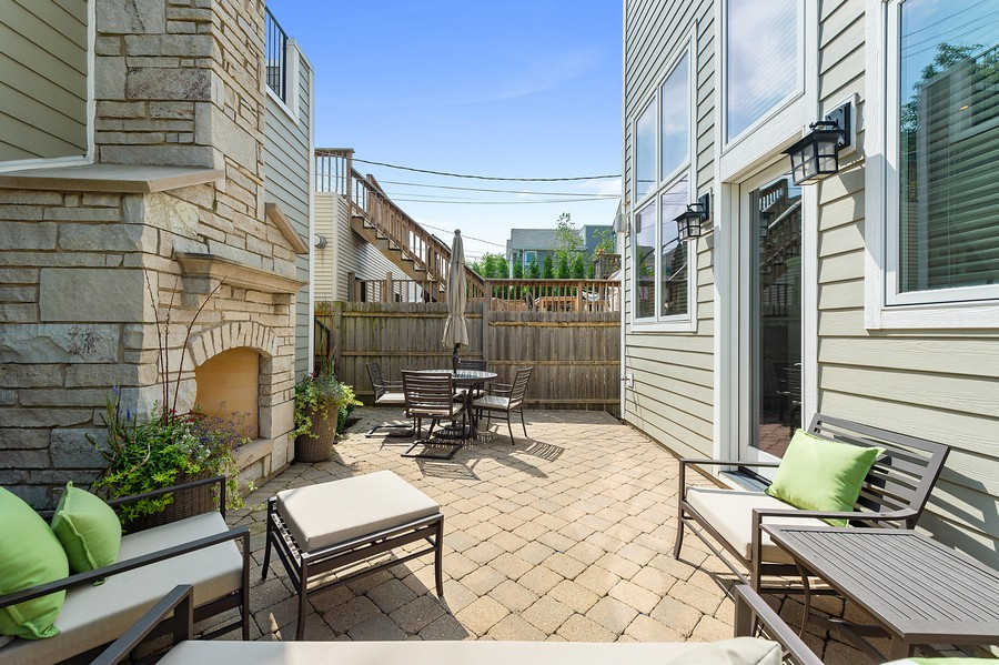 Real Estate Photography - 2019 W. Melrose St, Chicago, IL, 60618 - Patio
