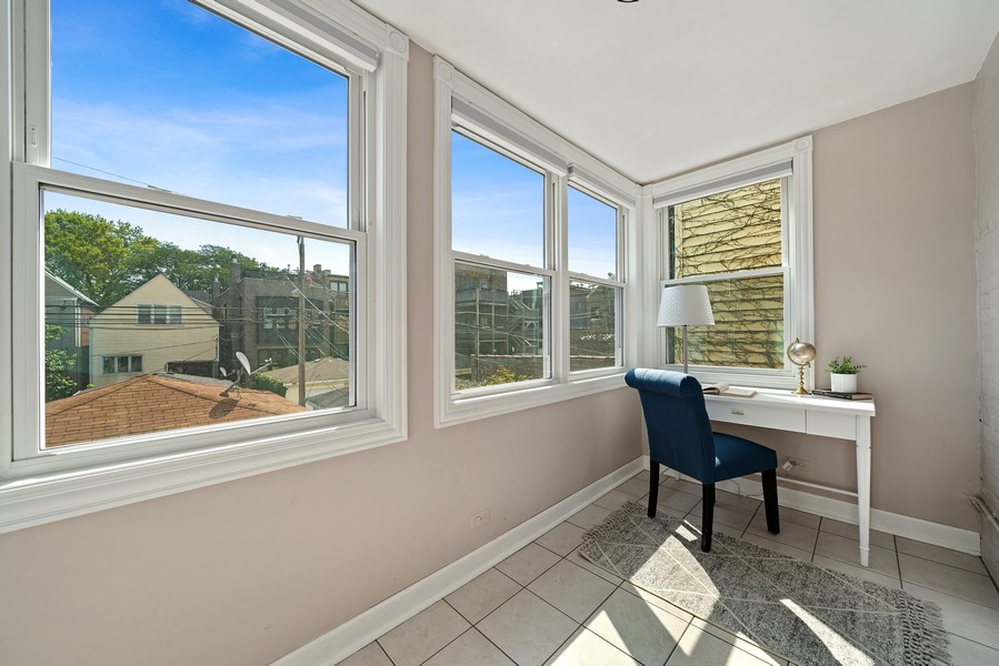 Real Estate Photography - 3623 N. Ashland, #2, Chicago, IL, 60613 - Sun Room