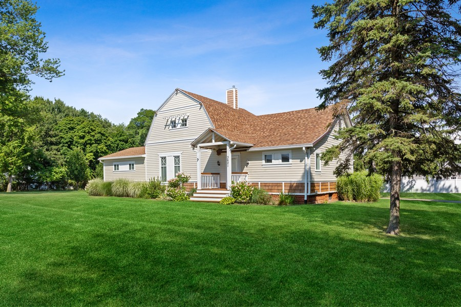 Real Estate Photography - 3621 Lakeshore Dr, St. Joseph, MI, 49085 - Front View