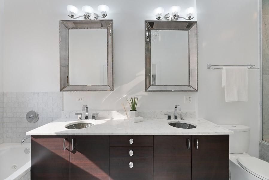 Real Estate Photography - 6 N. Throop St, #4S, Chicago, IL, 60607 - Master Bathroom