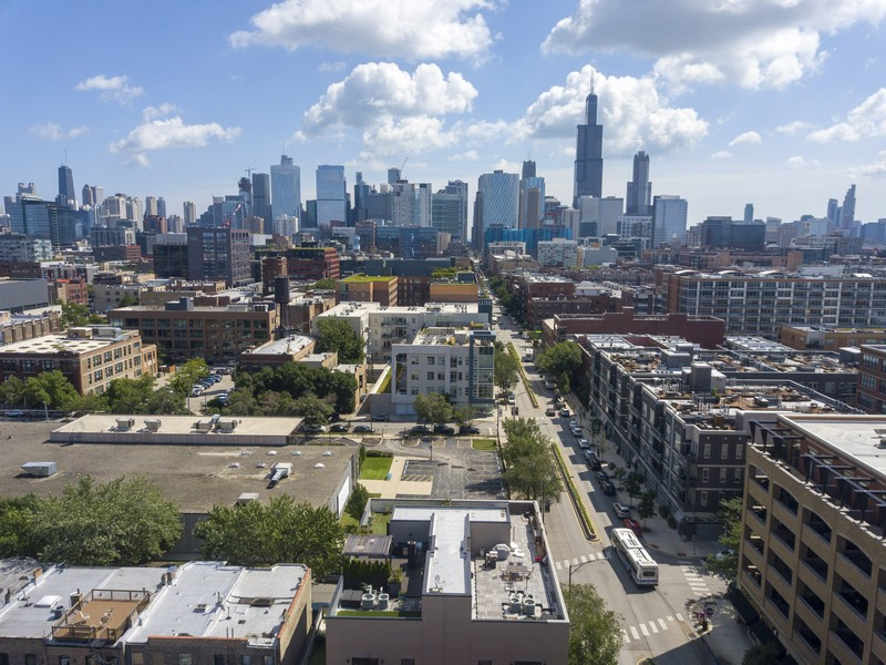 Real Estate Photography - 6 N. Throop St, #4S, Chicago, IL, 60607 - Aerial View