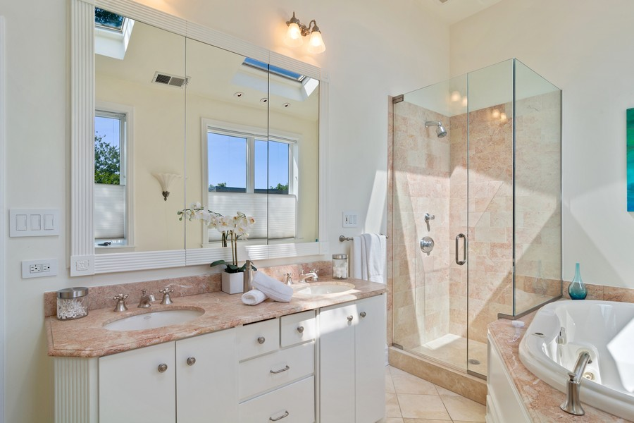 Real Estate Photography - 3139 N. Southport Ave, #PH, Chicago, IL, 60657 - Master Bathroom
