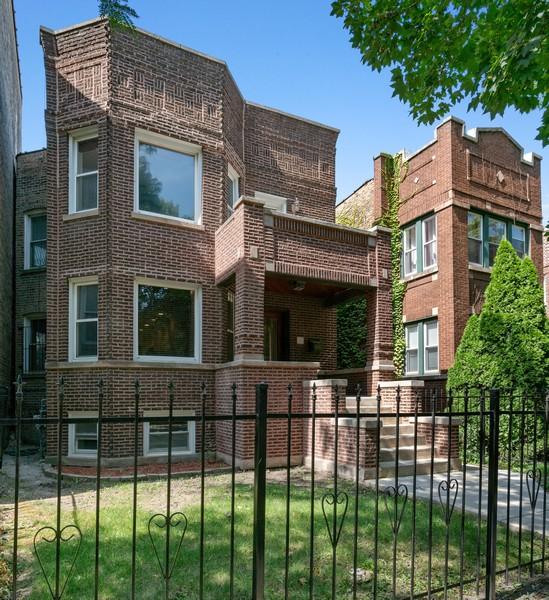 Real Estate Photography - 4704 N. Talman Ave, Chicago, IL, 60625 - Front View