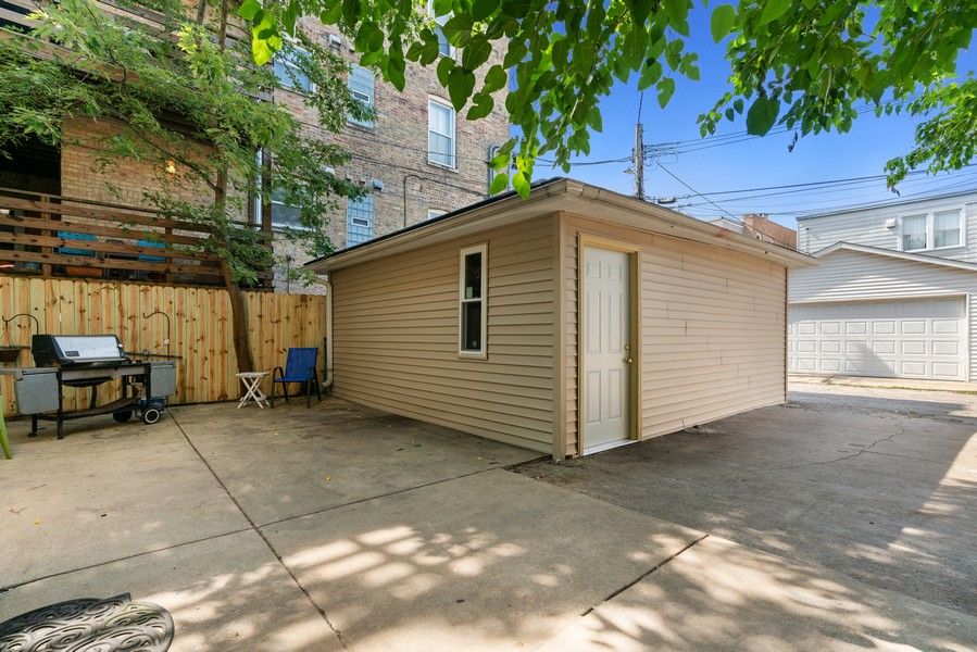 Real Estate Photography - 4704 N. Talman Ave, Chicago, IL, 60625 - Patio