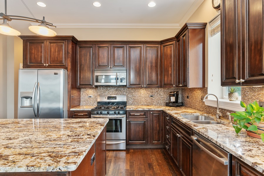 Real Estate Photography - 4156 N. Elston Ave, #4N, Chicago, IL, 60618 - Kitchen