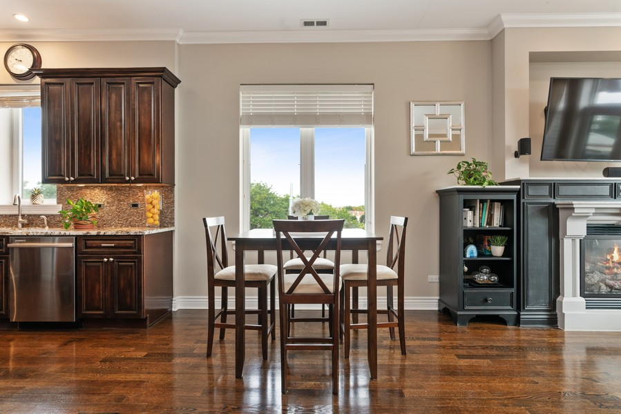 Real Estate Photography - 4156 N. Elston Ave, #4N, Chicago, IL, 60618 - Dining Room