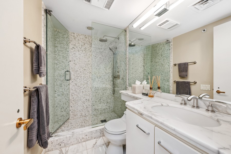 Real Estate Photography - 132 E Delaware Pl, 4901, Chicago, IL, 60611 - 2nd Bathroom