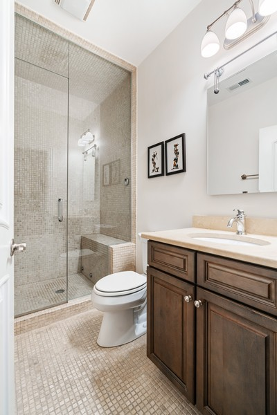 Real Estate Photography - 654 N. Oakley Blvd, Chicago, IL, 60612 - 3rd Bathroom