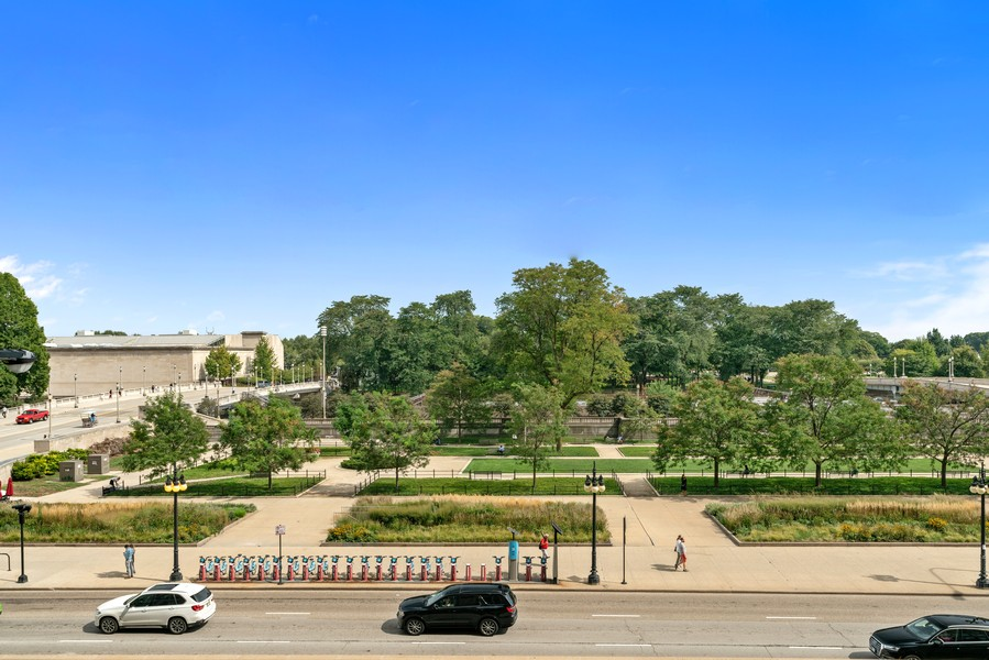 Real Estate Photography - 318 S. Michigan Ave, #400, Chicago, IL, 60604 - View