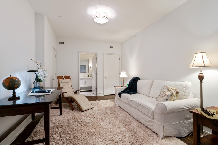 Real Estate Photography - 318 S. Michigan Ave, #400, Chicago, IL, 60604 - 3rd Bedroom