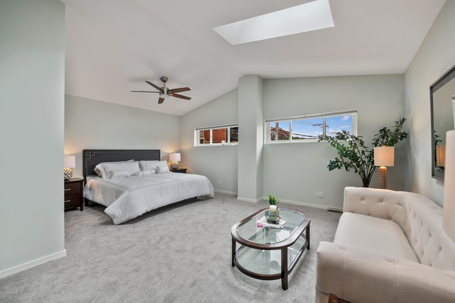 Real Estate Photography - 1145 n hoyne, chicago, IL, 60622 - Master Bedroom