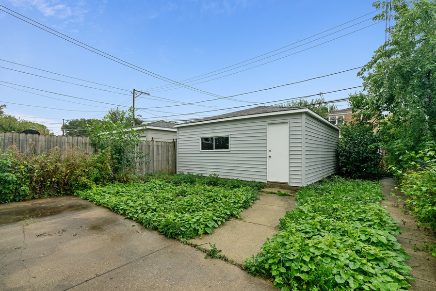 Real Estate Photography - 5131 W. Patterson Ave, Chicago, IL, 60641 - Back Yard