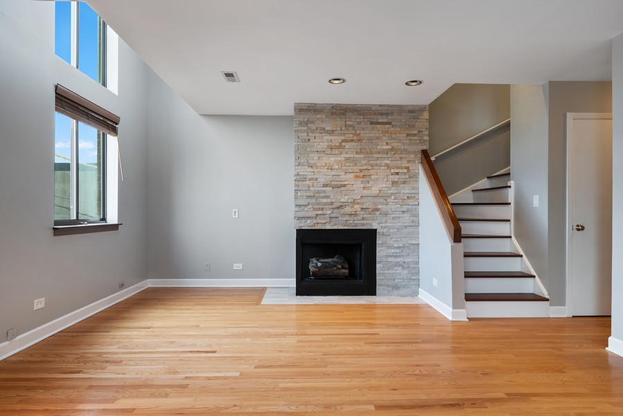 Real Estate Photography - 1651 N. Dayton St, #303, Chicago, IL, 60614 - Living Room