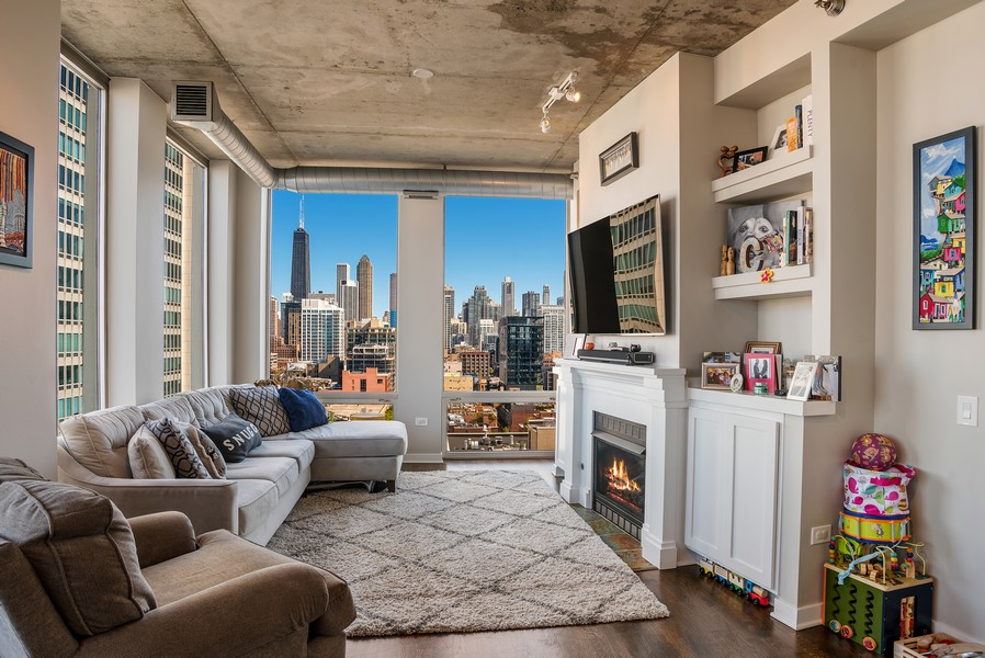Real Estate Photography - 720 N Larrabee, Unit 1401, Chicago, IL, 60654 - Living Room