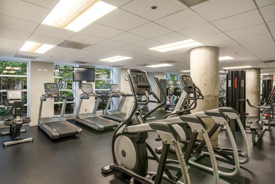 Real Estate Photography - 720 N Larrabee, Unit 1401, Chicago, IL, 60654 - Exercise Room