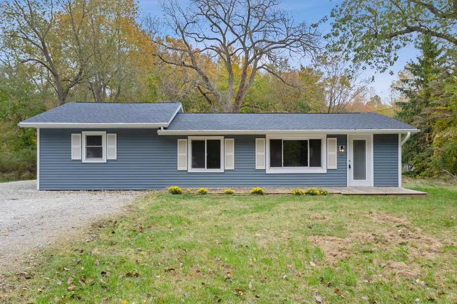 Real Estate Photography - 18743 Rose City Road, New Buffalo, MI, 49117 - Front View