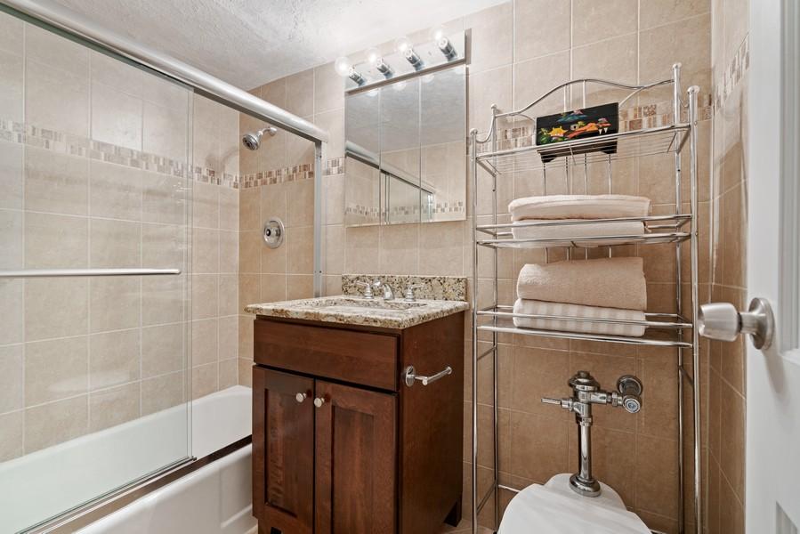 Real Estate Photography - 253 E. Delaware Pl, #4A, Chicago, IL, 60611 - Bathroom
