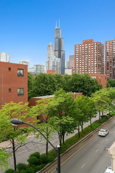 Real Estate Photography - 1133 S. State, #703, Chicago, IL, 60605 - View
