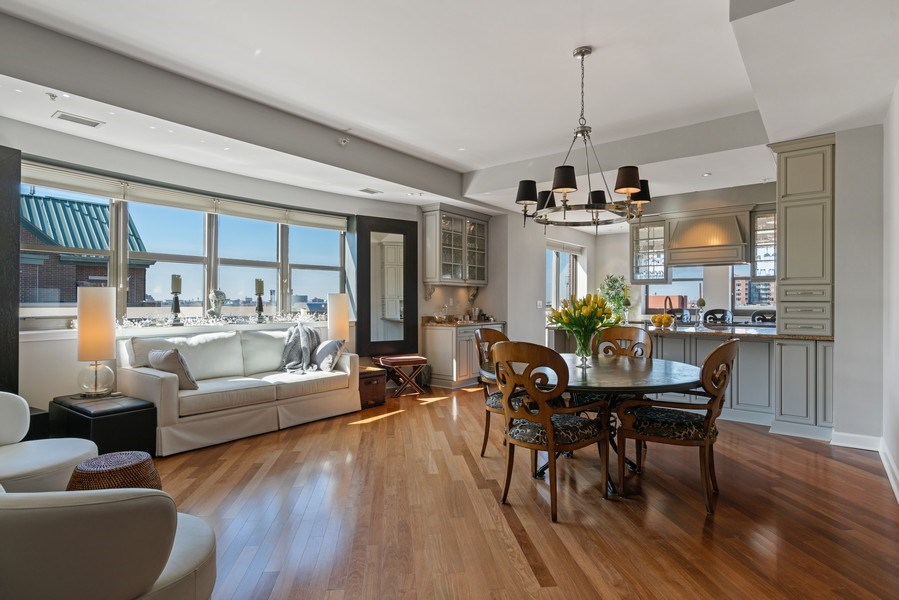 Real Estate Photography - 1133 S. State, #703, Chicago, IL, 60605 - Dining Room