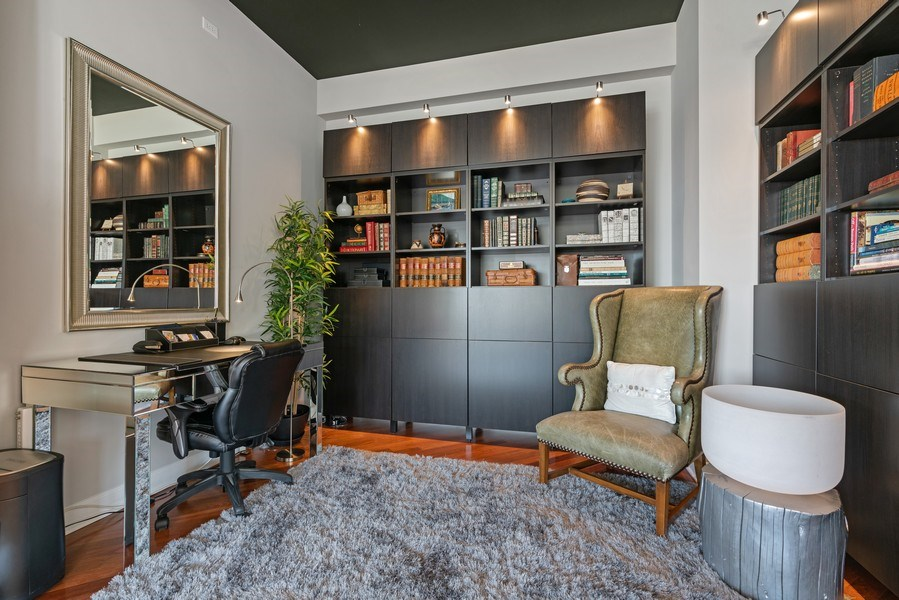 Real Estate Photography - 1133 S. State, #703, Chicago, IL, 60605 - Den