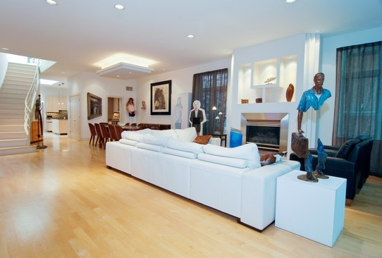 Real Estate Photography - 2037 N Magnolia Ave, Chicago, IL, 60614 - Living Room