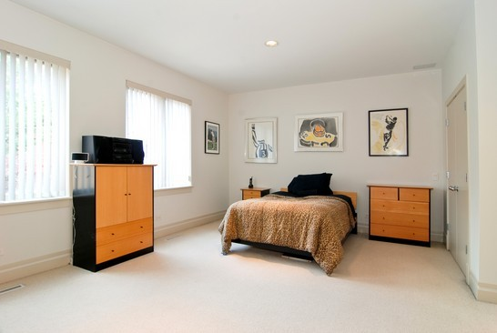 Real Estate Photography - 2037 N Magnolia Ave, Chicago, IL, 60614 - 2nd Bedroom