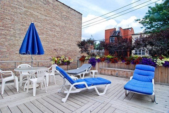 Real Estate Photography - 2037 N Magnolia Ave, Chicago, IL, 60614 - Deck