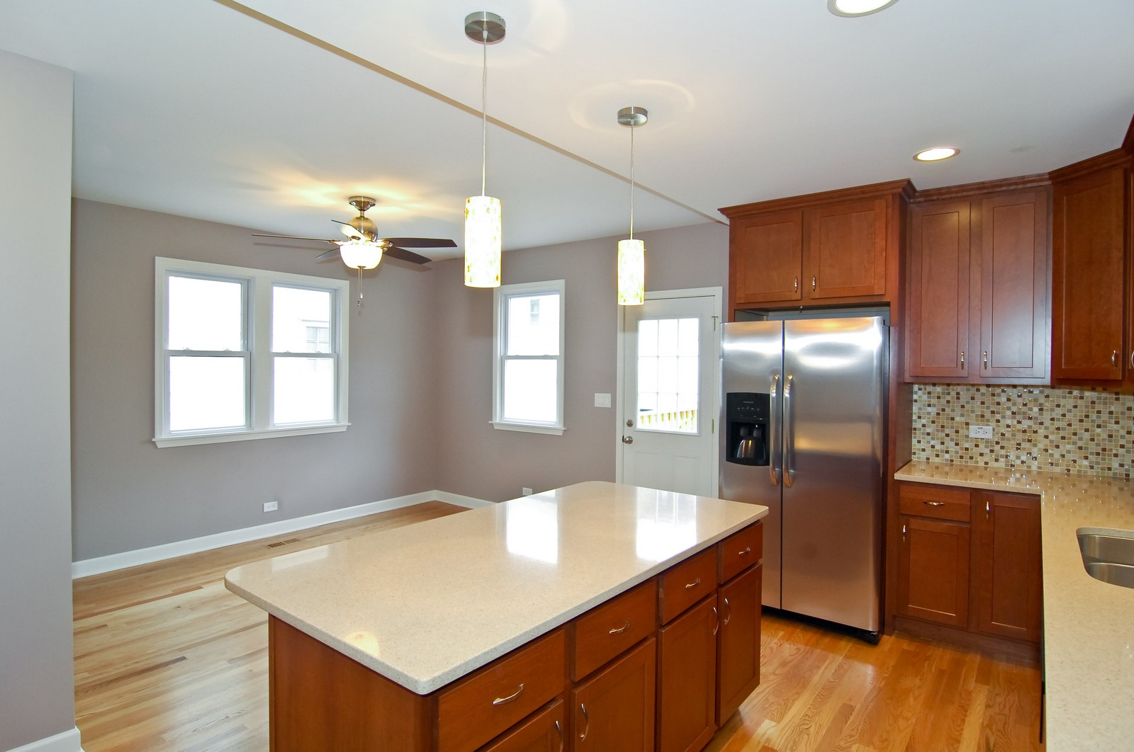 Real Estate Photography - 2946 N Troy, Chicago, IL, 60618 - Kitchen