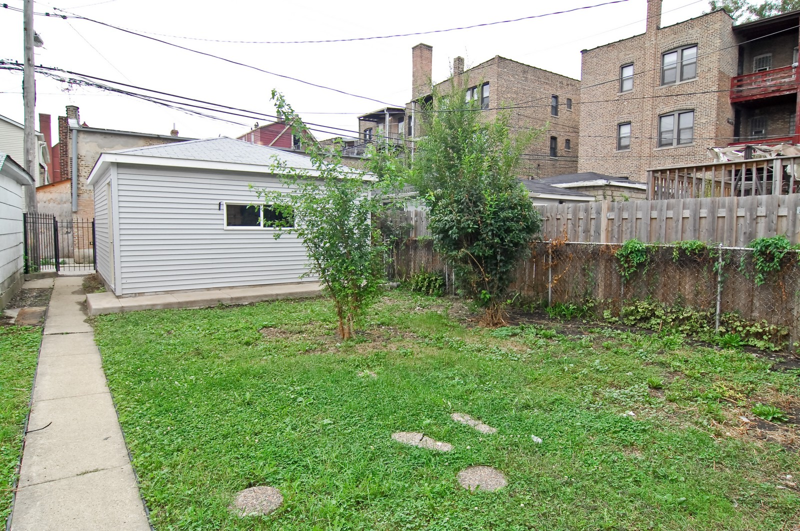 Real Estate Photography - 2946 N Troy, Chicago, IL, 60618 - Back Yard